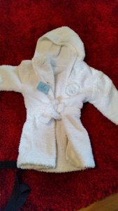 Dressing gown £1