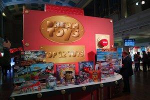 Dream Toys 16