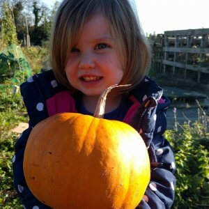 Grow and carve a pumpkin with Isla #101in1001 #45